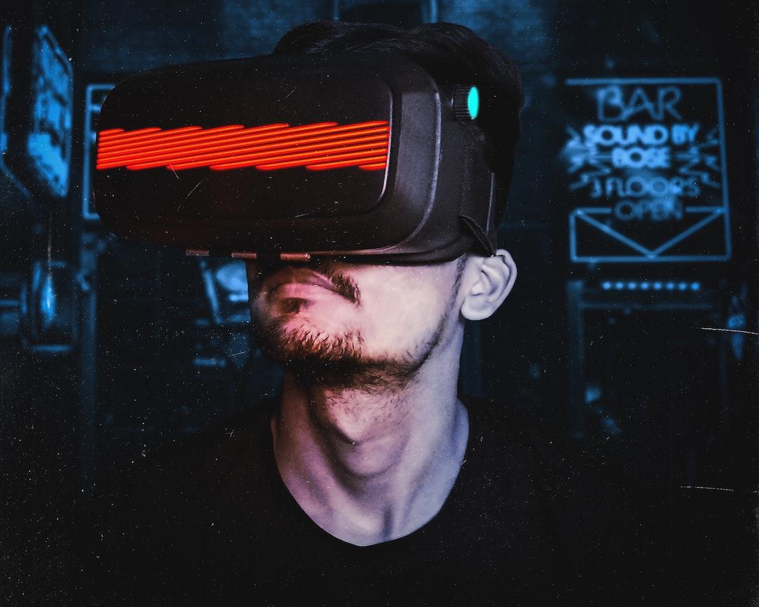 Imagen de unos lentes de Realidad Virtual